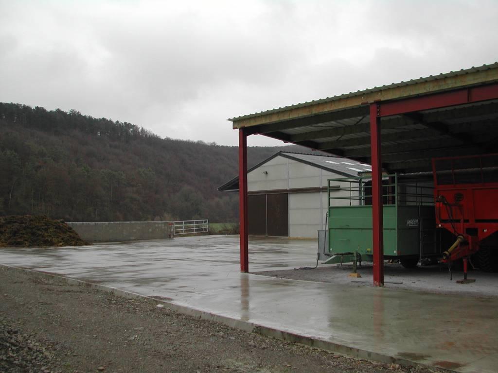 Dalle de sol en béton pour hangars agricoles