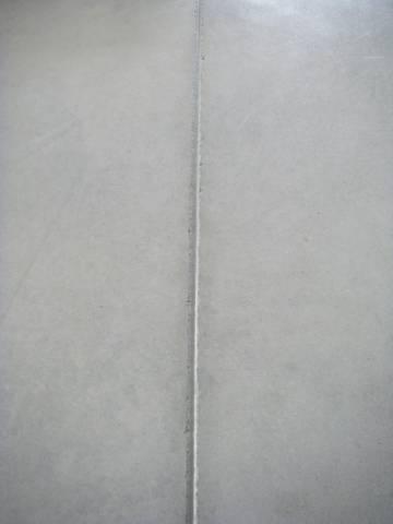 Remplissage des joints intérieurs au mastic PU