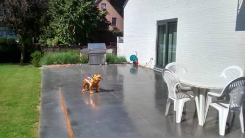 Terrasse traitée à l'Écran Total anthracite