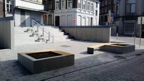Gradins, escaliers et bancs en béton préfabriqué