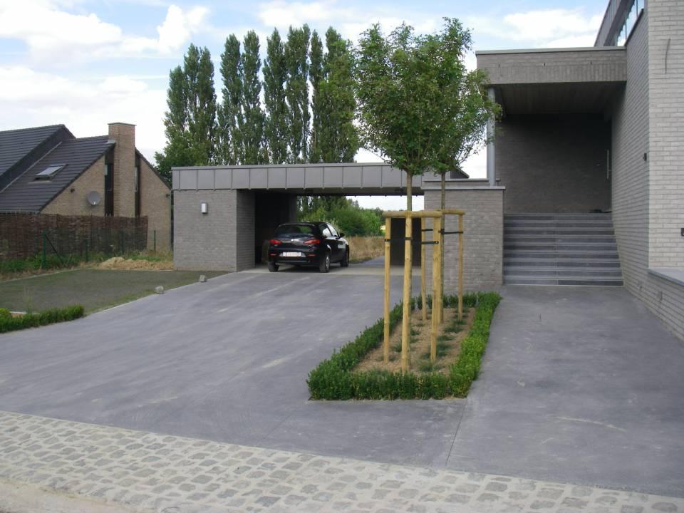 Rampe de garage en béton brossé