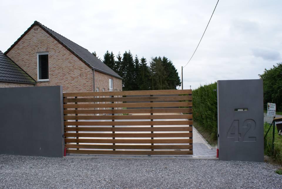 Boîte aux lettres et palissades en béton préfabriqué